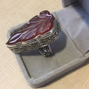 Jewelry - So stylish in vogue carved Carnelian ring